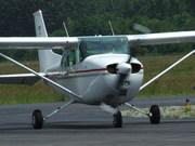 Reims-Cassna F172M (F-BVIF)