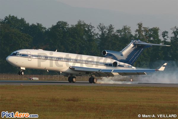 Boeing 727-212 Adv(RE) Super 27 (Triangle Aircraft Services)