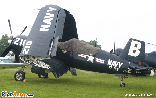 Vought F4U-4 Corsair (Corsair Warbird Limited Hangar Flying Legend SARL)