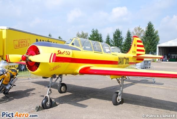 Yakovlev Yak-52 (Dark Dog)