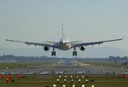 Airbus A330-200 - A6-EYD