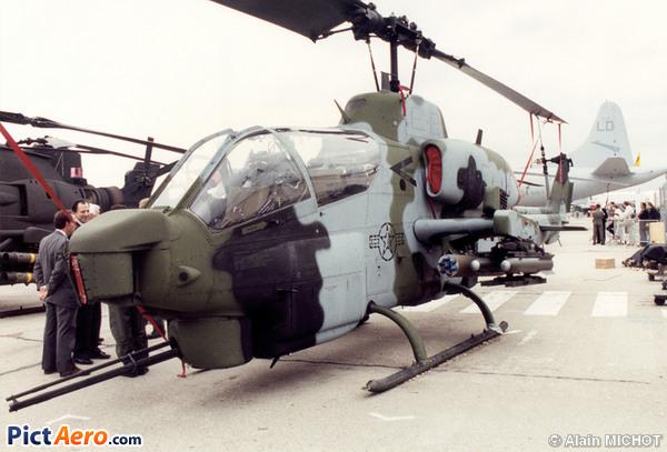Bell AH-1W Super Cobra (Bell)