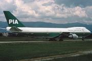 Boeing 747-282B (AP-AYW)