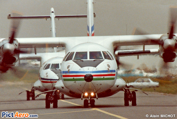 ATR 42-200 (ATR)