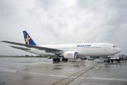 Boeing 767-219ER