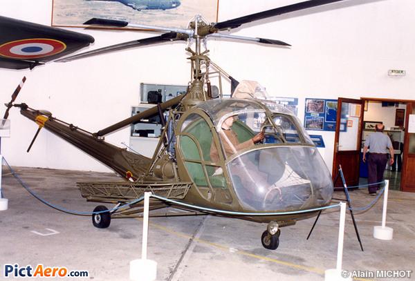 Hiller UH-12A (France - Army)