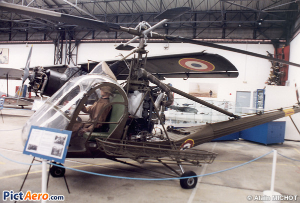 Hiller UH-12A (France - Army)