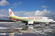 Boeing 737-5Q8 (LY-AZW)