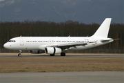 Airbus A320-232 (G-TTOI)