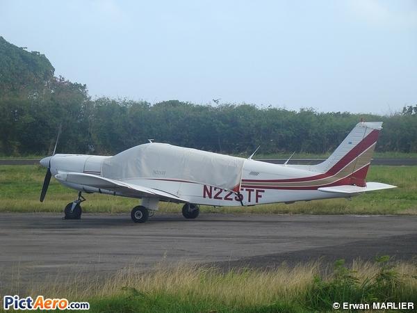 Piper PA-32 Cherokee Six/Saratoga (Privé )