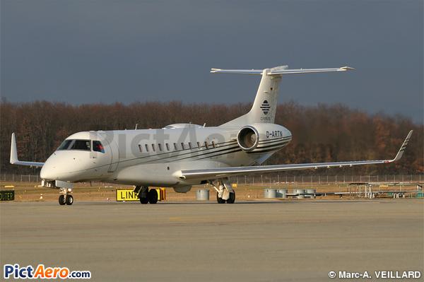 Embraer ERJ-135 BJ Legacy (Cirrus Aviation)