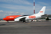 Boeing 737-301/SF (OO-TNH)