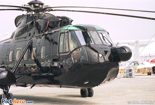 Sikorsky S-61N (Laws Helicopters Ltd)