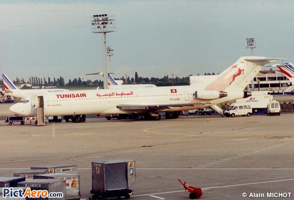 Boeing 727-2H3/Adv (Tunisair)