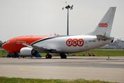 Boeing 737-301/SF (OO-TNC)