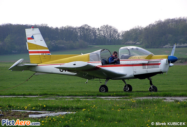Zlin Z-142 (Aeroklub Ceske Republiky)