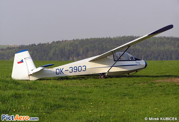 Let LF-109 Pionyr (Aeroklub Ceske Republiky)