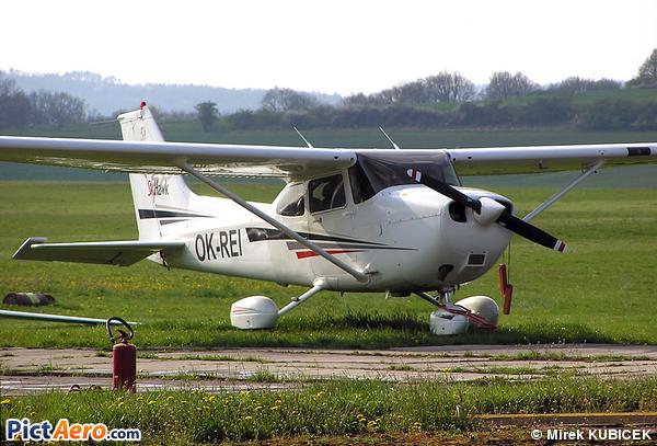 Cessna 172 Skyhawk SP (Private)