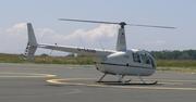 Robinson R-44