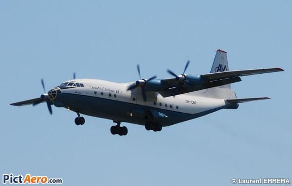 Antonov An-12A Cub (Aerovis Airlines)