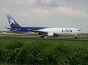 Boeing 767-316F/ER (CC-CZZ)