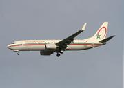 Boeing 737-8B6