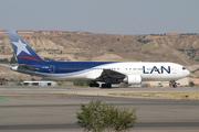 Boeing 767-316/ER (CC-CZW)