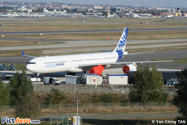 Airbus A340-642 (Airbus Industrie)