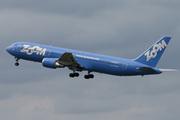 Boeing 767-328/ER (C-GZUM)