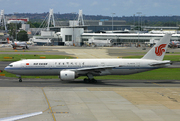 Boeing 777-2J6 (B-2067)