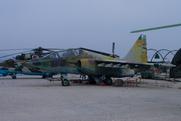 Sukhoi Su-25UB Frogfoot (120)