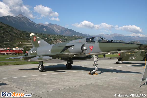 Mirage IIIRS   (Switzerland - Air Force)