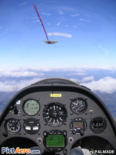 Schempp-Hirth Duo Discus (Club de vol à voile de Montpellier - Pic Saint loup)