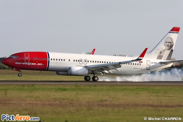 Boeing 737-81Q (Norwegian Air Shuttle)