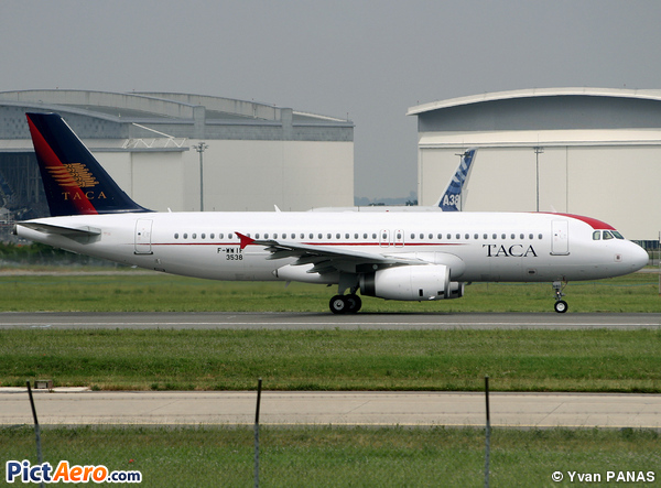 Airbus A320-232 (TACA International Airlines)