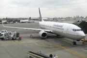Boeing 737-824/W (N17244)