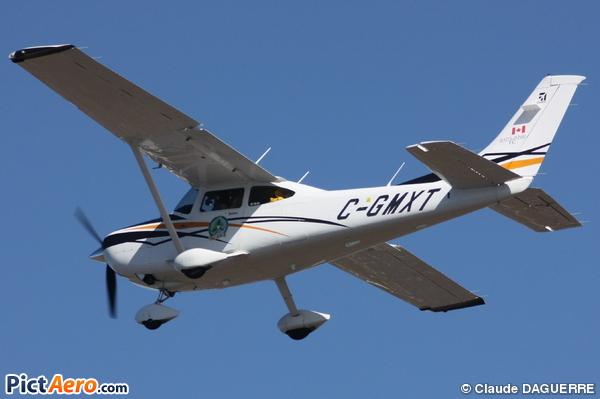 Cessna TR182 Turbo Skylane RG (Privé)