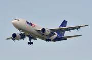Airbus A310-222 (N451FE)