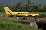 Cessna 402C Businessliner (J8-SXY)