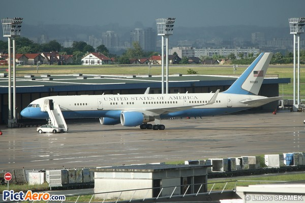 Boeing C-32A (757-2G4) (United States - US Air Force (USAF))