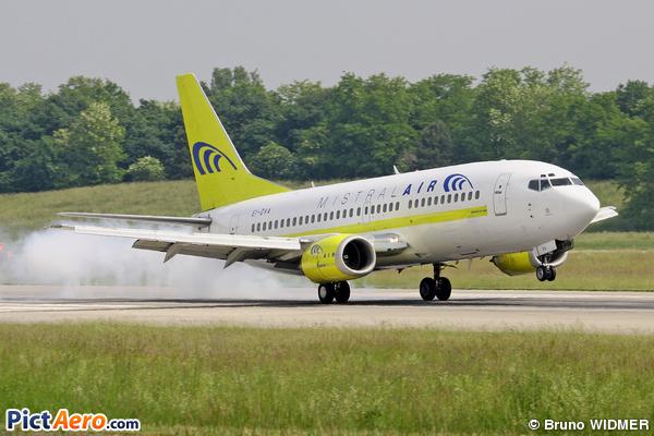 Boeing 737-36E/QC (Mistral Air)