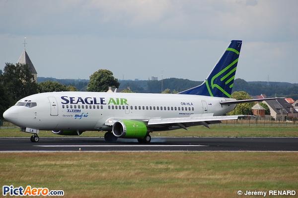 Boeing 737-329 (Seagle Air)