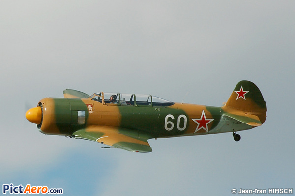 Let C-11 Yak-11 (Bourret Jacques)
