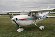Cessna 172 Skyhawk SP (F-GEUA)