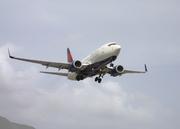 Boeing 737-732 (N302DQ)