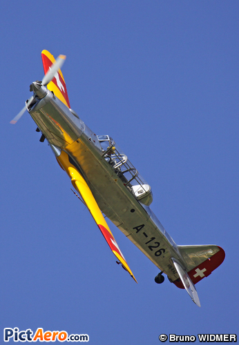 Pilatus P2-05 (Privé )
