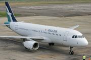 Airbus A320-232 (9V-SLJ)