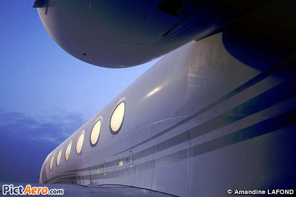Gulfstream Aerospace G-450 (Executive Jet Managment)