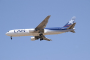 Boeing 767-316/ER (CC-CDP)