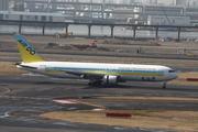 Boeing 767-381/ER (JA8258)